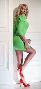 Samanta, photos from the website SexoDubai.com