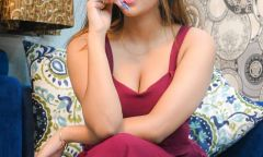Call girl Shreya Phone: +971 58 921 1300