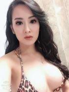 Monika, 21, Dubai,