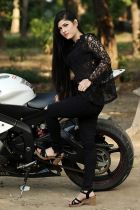 Elite escort in Dubai: Muskaan Student Escort for VIP service