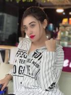 Model Mahi Khan — massage escort from Dubai