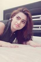 Pooja Gupta, 22, Dubai,