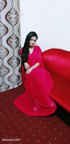 independent Model Katrina (Dubai)