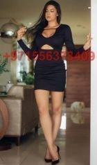 Andrea, photos from the adult website SexoDubai.com