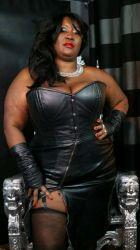 Madam Caramel, photo SexoDubai.com