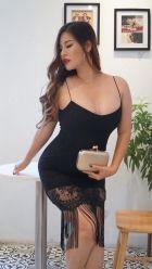 Busty escort in Dubai: Erika works 24 round the clock